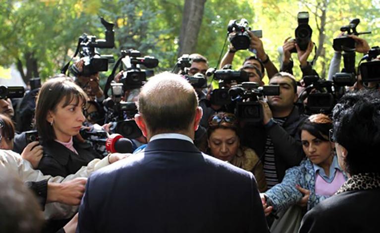 Journalists interviewing