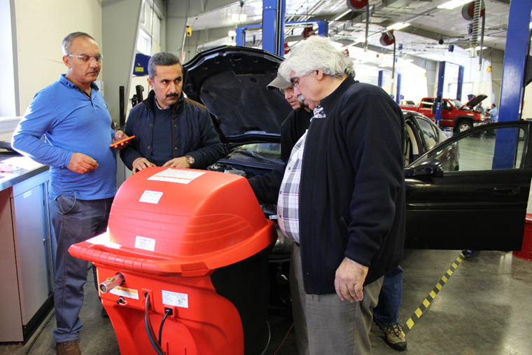 New auto-tech program improves job prospects for Kurdish youth