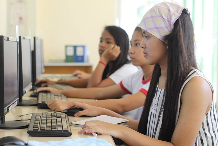 New study on MOOCs in developing countries reveals half of users receive certification