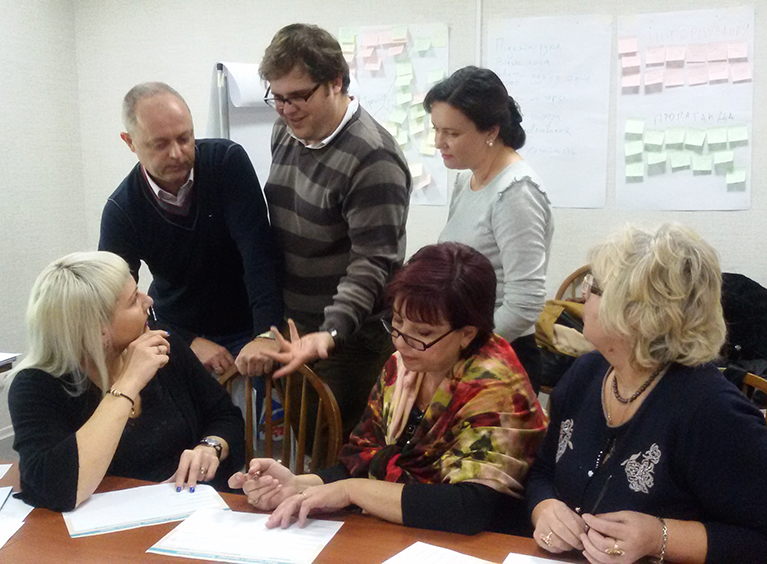 440 Ukrainians received training to teach their fellow citizens how to evaluate the trustworthiness of media sources